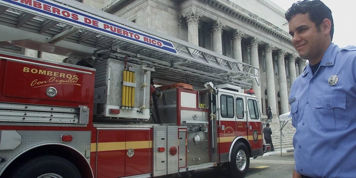 Bomberos boricuas y de N.Y. reparan sistema de comunicación