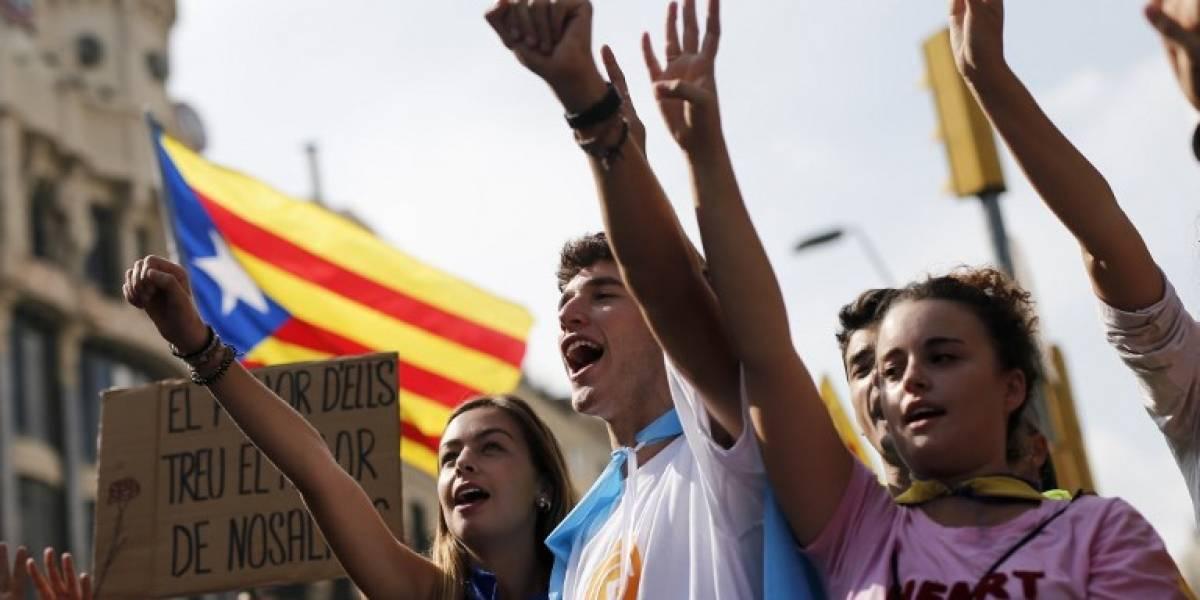Independencia de Cataluña asusta a los bancos: el quinto más importante podría abandonar la región