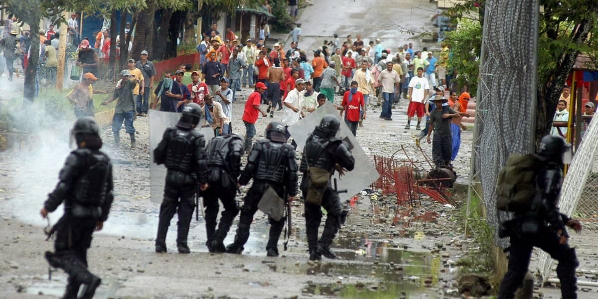 Mueren cuatro civiles en ataque atribuido a disidencia de Farc en Colombia