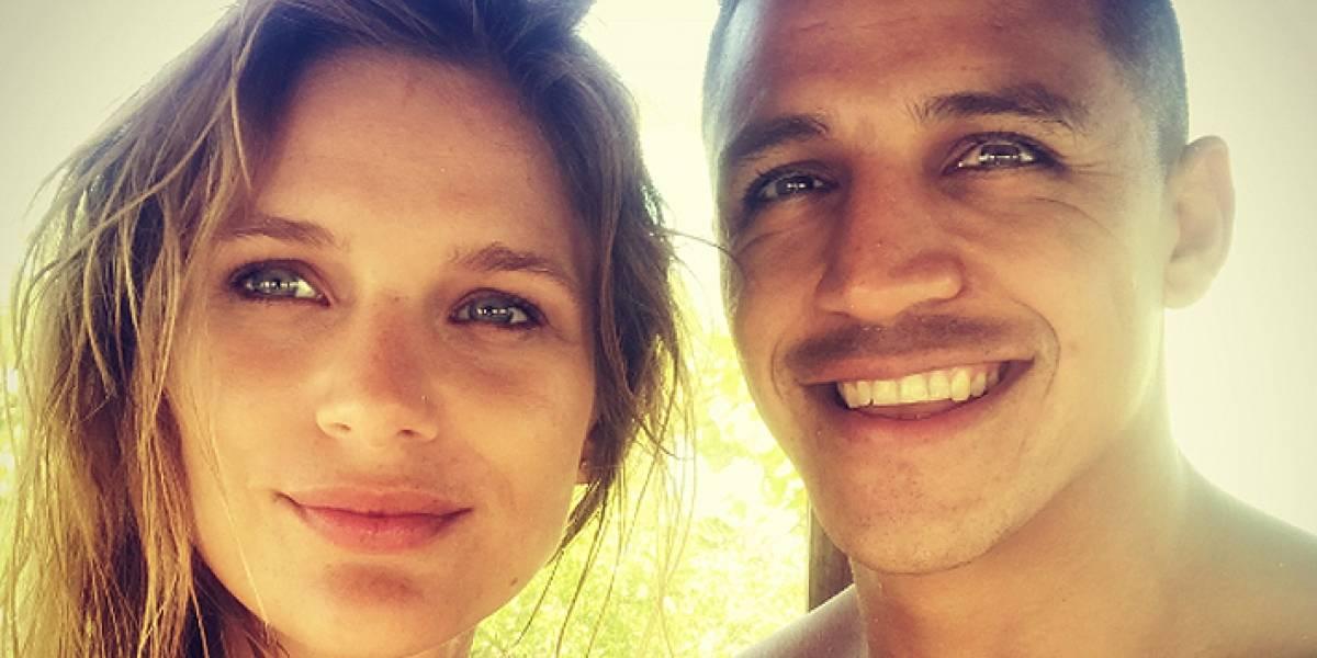 """""""Por qué importa tanto"""": El artículo sobre Alexis Sánchez y Mayte Rodríguez que está dando que hablar en redes sociales"""