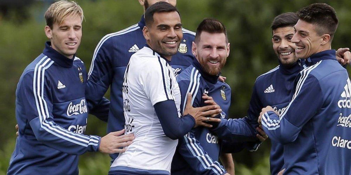 Perú y Argentina también se juegan el Campeonato Mundial NO Oficial de Futbol