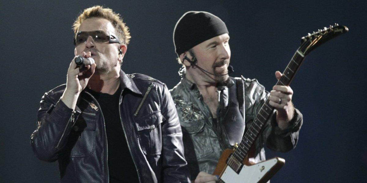 U2 realiza homenaje a presidenta Bachelet