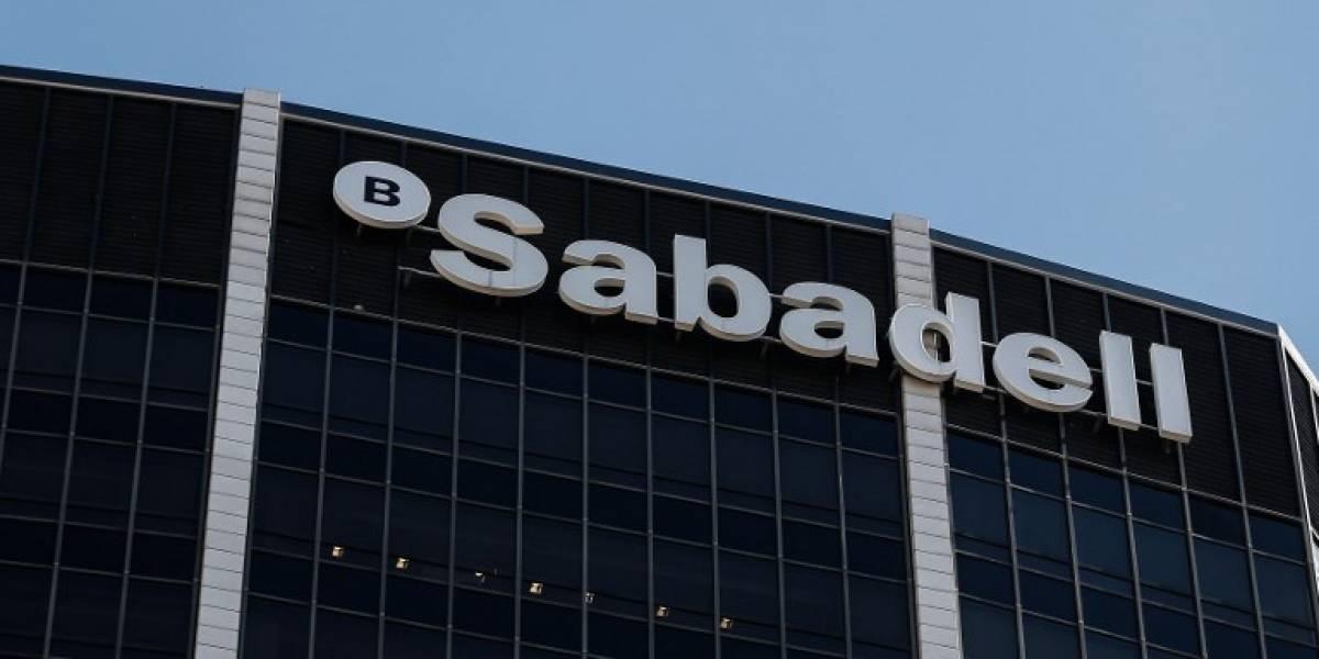 Banco Sabadell anuncia el traslado de su sede fuera de Cataluña