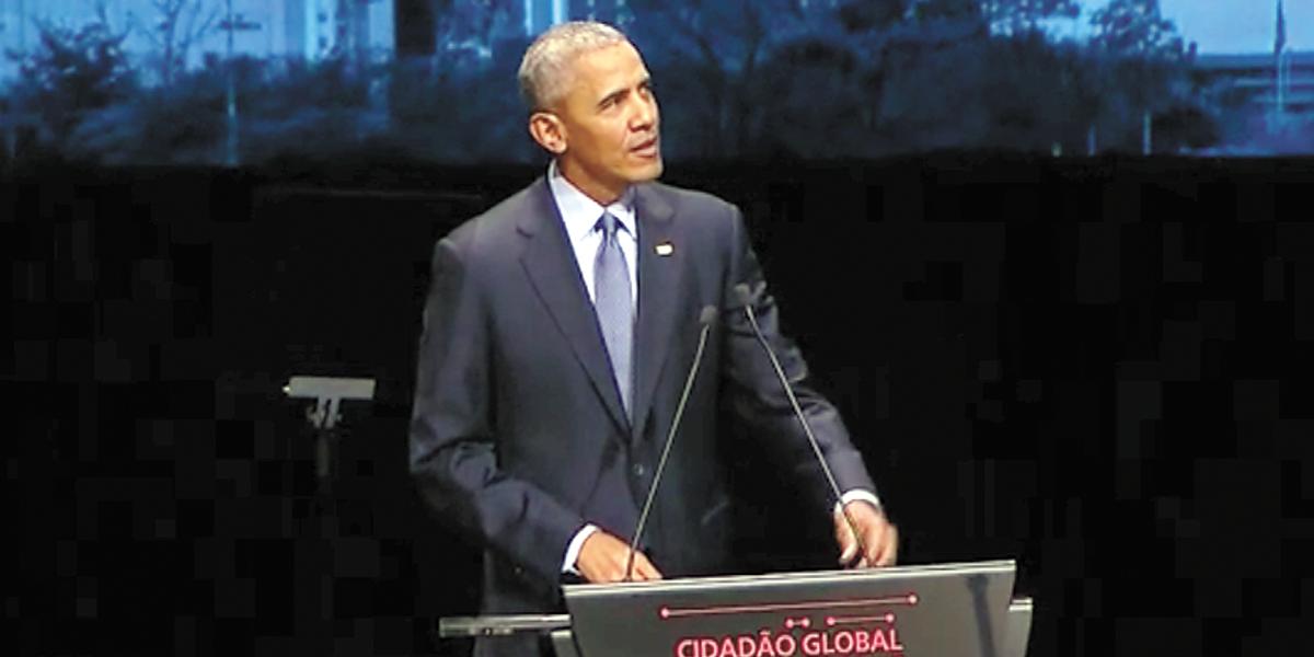 Barack Obama é o primeiro convidado da série de David Letterman — Netflix