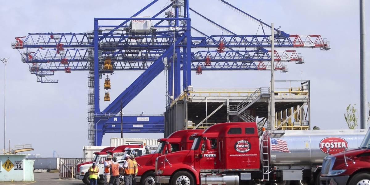 Gobierno envía camiones con gasolina a municipios más incomunicados