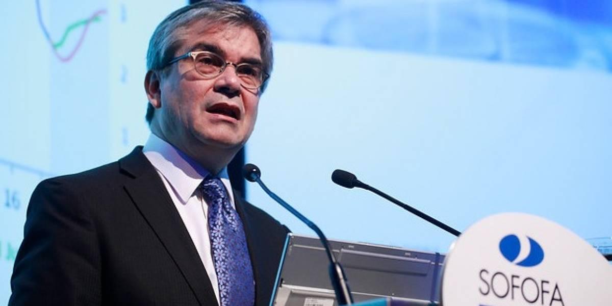 Presidente del Banco Central: economía ganará mayor velocidad sólo si aumenta la inversión