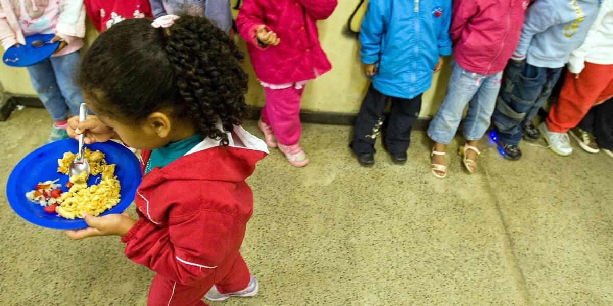 Salsichas e outros embutidos podem ser proibidos nasescolas e creches de São Paulo