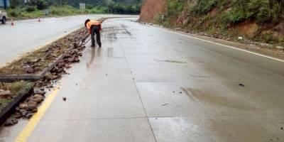 Las carreteras se han visto afectadas por las lluvias.