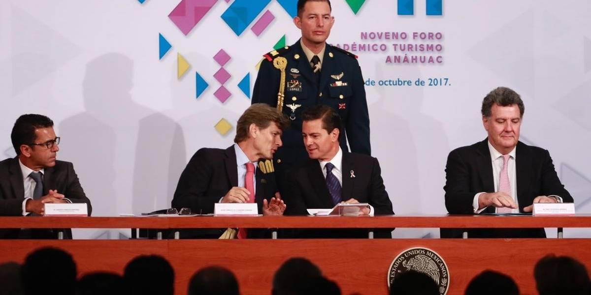 México está de pie y listo para recibir turistas: Peña Nieto