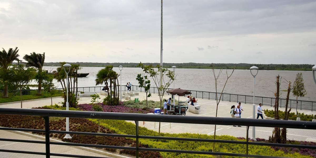 Barranquilla mira al río Magdalena desde el Malecón