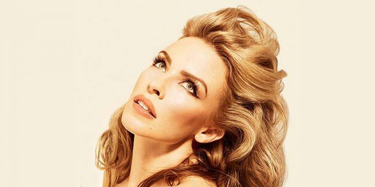 El exceso de Photoshop en una sexy foto de Kylie Minogue enojó a los fans
