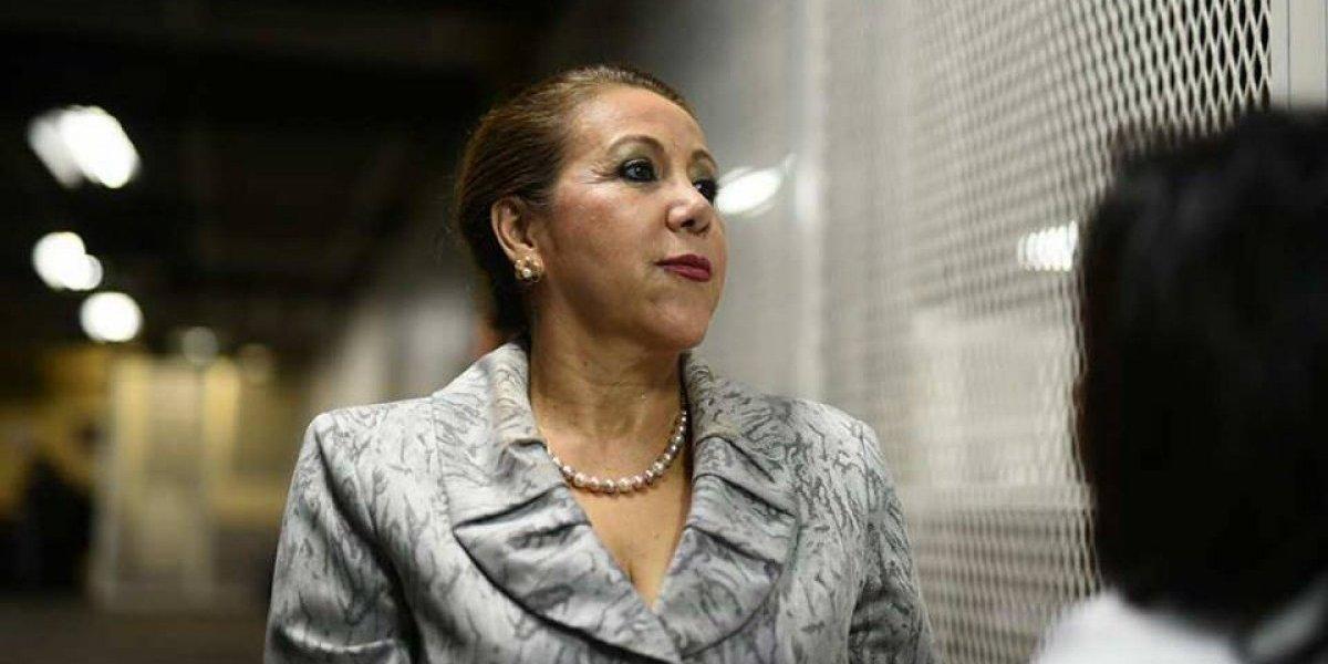 Por quinta ocasión se suspende apertura a debate contra Blanca Stalling