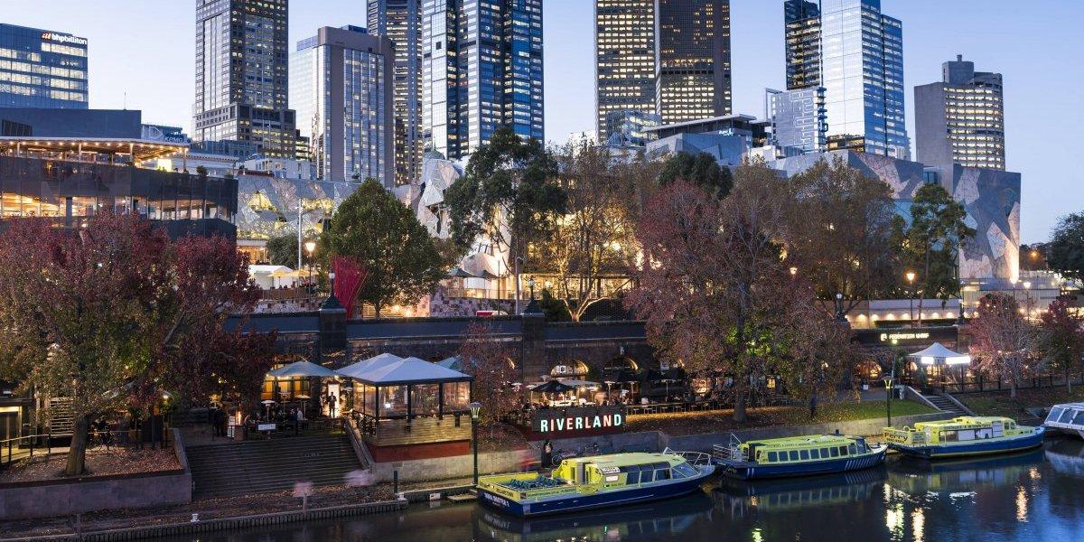 Quince horas arriba de un avión: Latam inauguró vuelo directo entre Santiago y Melbourne