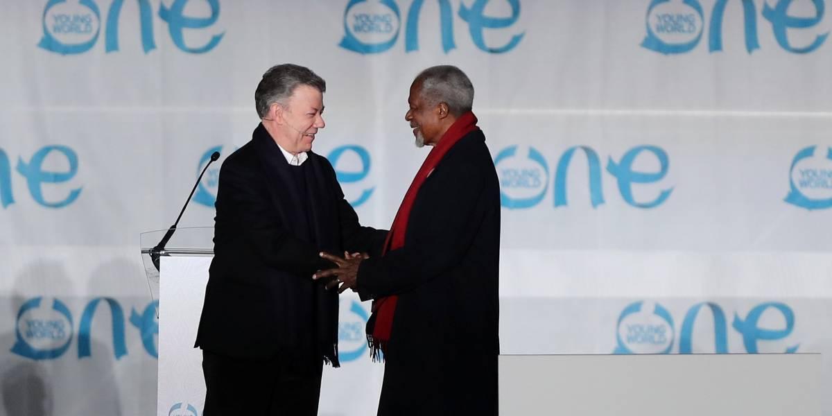 Kofi Annan cree que la paz en Colombia es una inspiración para el mundo
