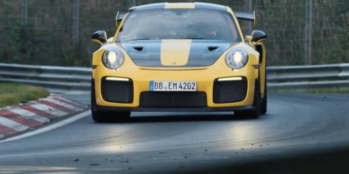 Así pulverizó los récords un Porsche 911 GT2 RS en Nürburgring
