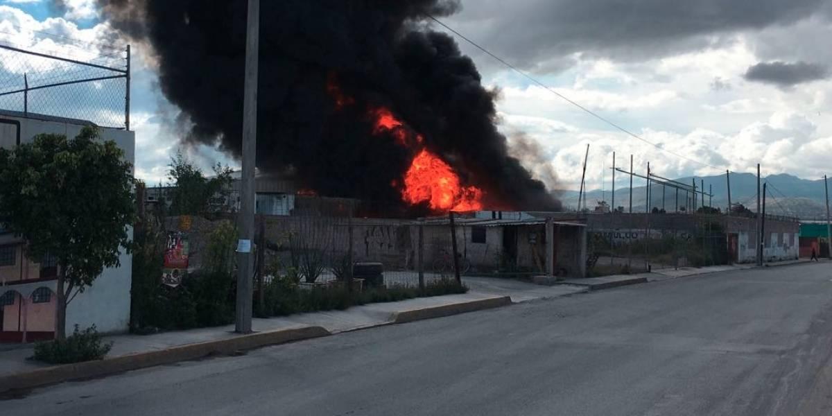 Controlan incendio en Tultepec y Melchor Ocampo