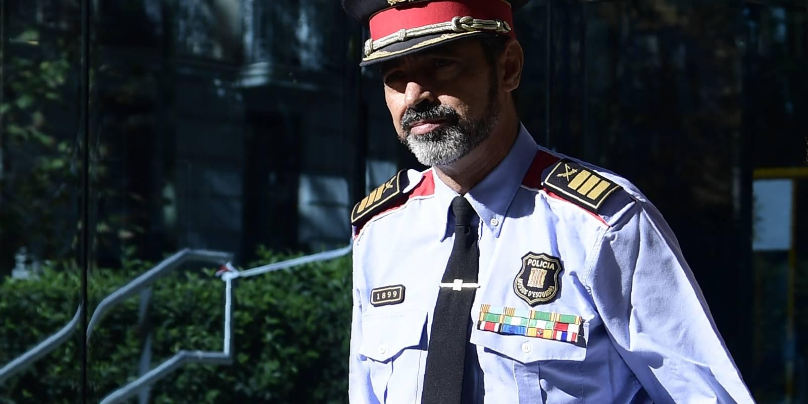 Convocan paros contra actuación policial en voto — Cataluña