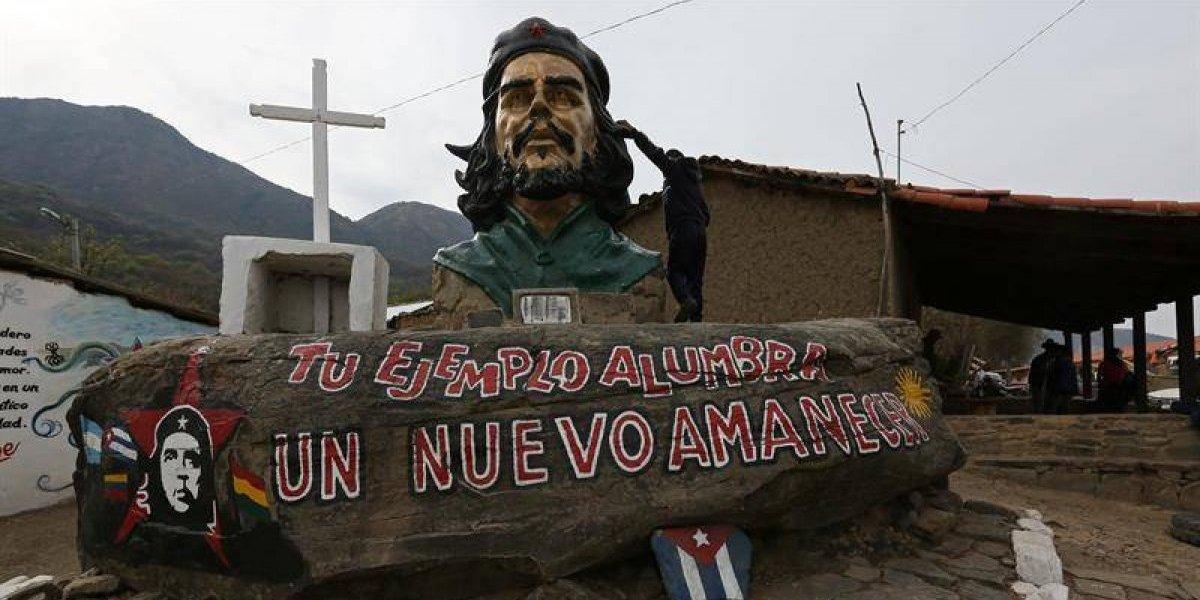 """Evo acampa por el """"Che"""": Bolivia rinde homenaje al guerrillero a 50 años de su muerte"""