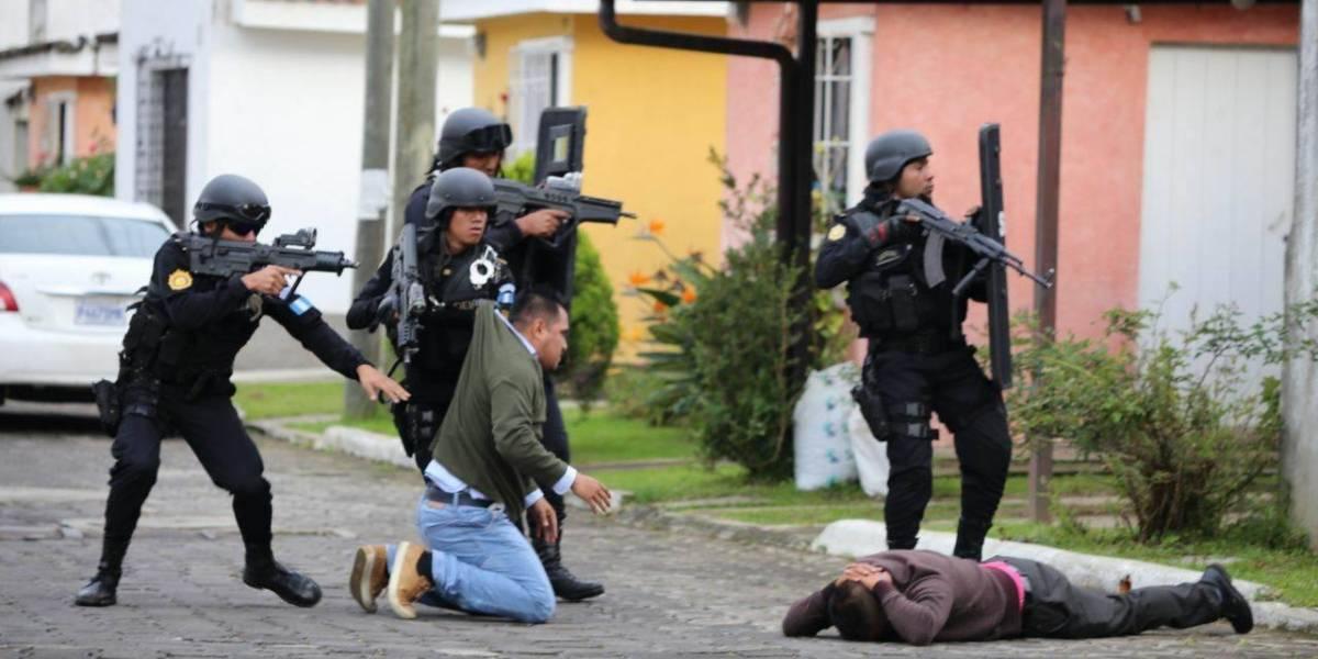 Al verse copados, pandilleros se ponen de rodillas ante la PNC