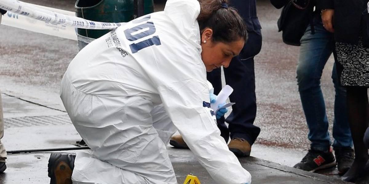 Chile: taxista abandona en plena calle a mujer colombiana durante trabajo de parto y el bebé falleció