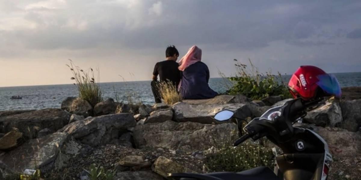 """""""Puedes ser pura como la nieve y también sucia en la cama"""": el audaz manual sexual para mujeres musulmanas"""