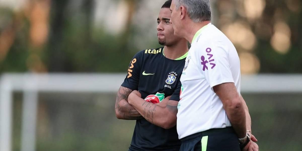 La selección brasileña ni se inmuta con el popular #EntregaBrasil