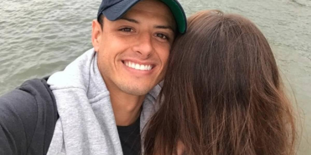Chicharito rompe Instagram con emotivo mensaje para su novia