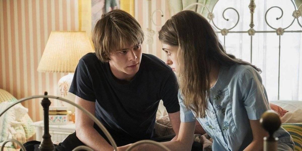 Actores de Stranger Things son pareja fuera de pantalla
