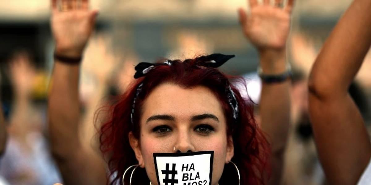 ¿Hablamos? Miles de personas salen a la calle en toda España para pedir diálogo en la crisis catalana