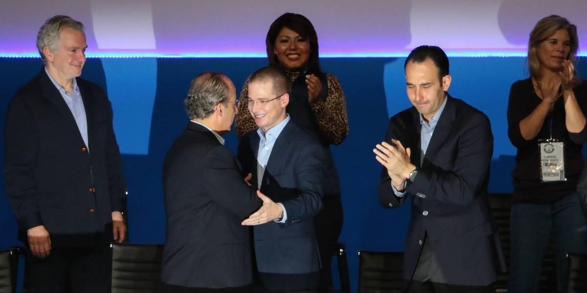 Calderón llama 'autodedazo' a elección de Anaya como candidato del Frente