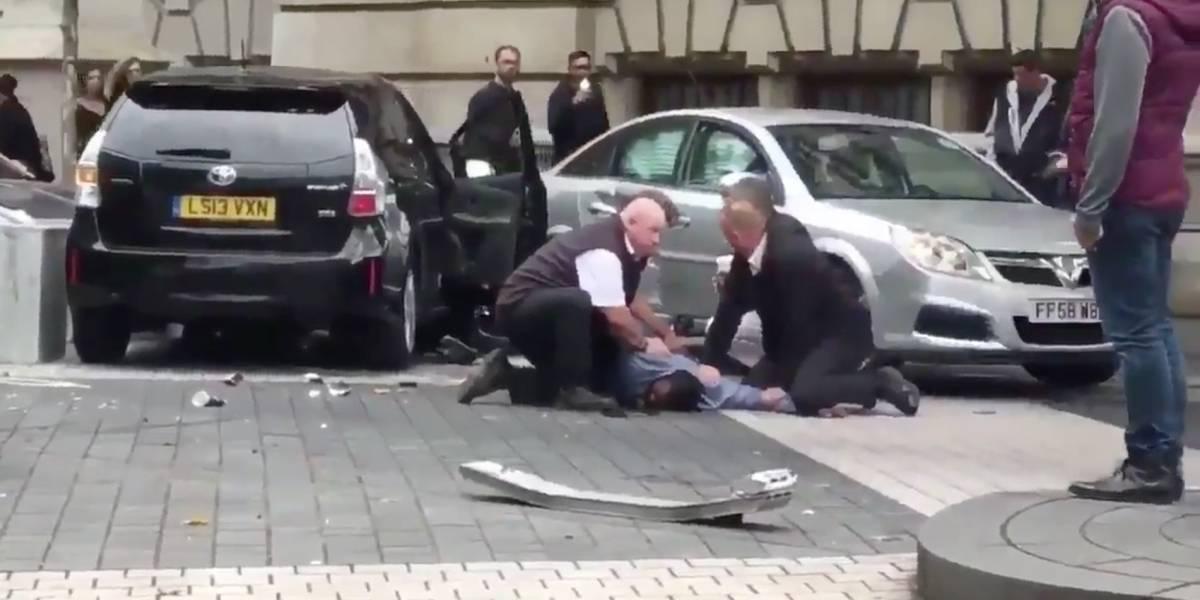 Atropello múltiple en Londres: así fue la detención del conductor de vehículo que se abalanzó contra los peatones