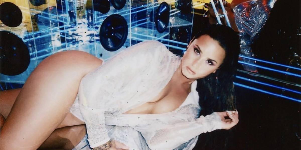 """Demi Lovato hace fantasear a sus seguidores con su lencería """"french maid"""""""