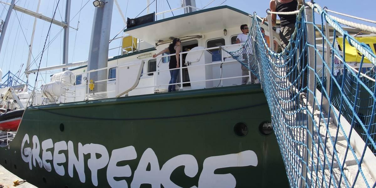 Greenpeace acusó vertimiento de residuos tóxicos en Lago Llanquihue
