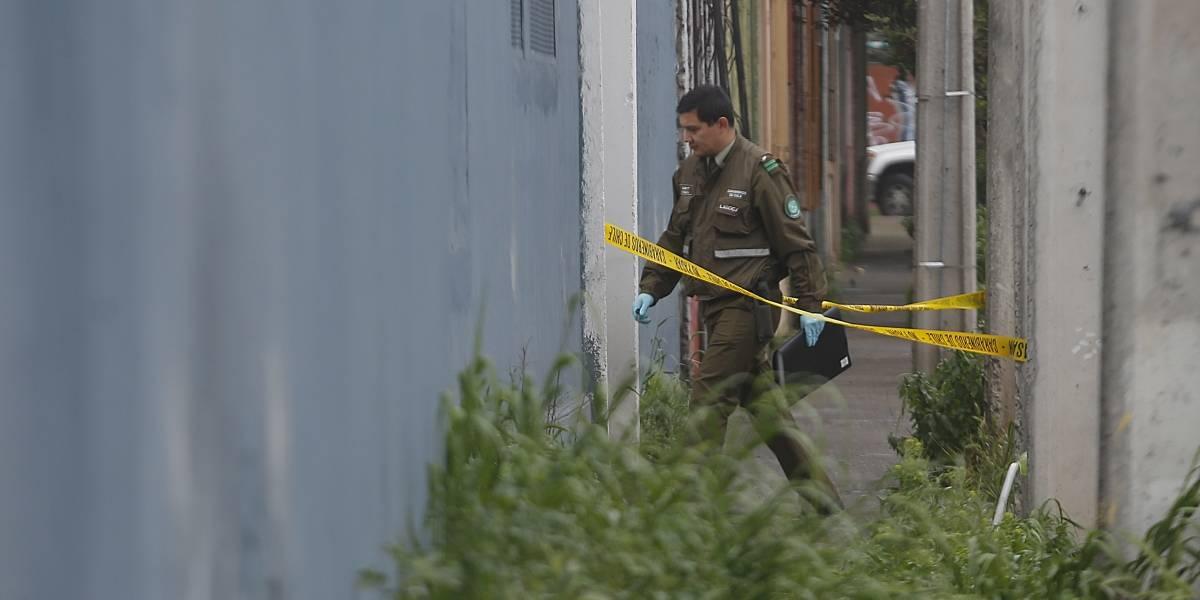 Asaltan casa de 5 carabineros y les roban hasta el uniforme policial en Maipú