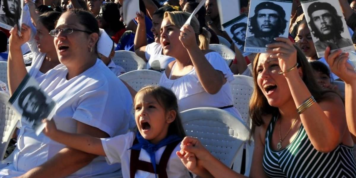 """Cuba fustiga """"imperialismo"""" de EEUU en homenaje a Che Guevara"""