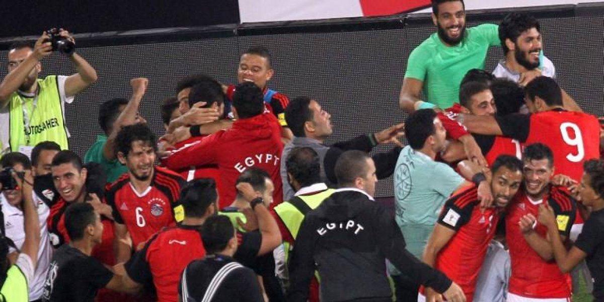 ¡Locura total en Egipto! Ganó con un penal en el último minuto y clasificó a un Mundial luego de 28 años