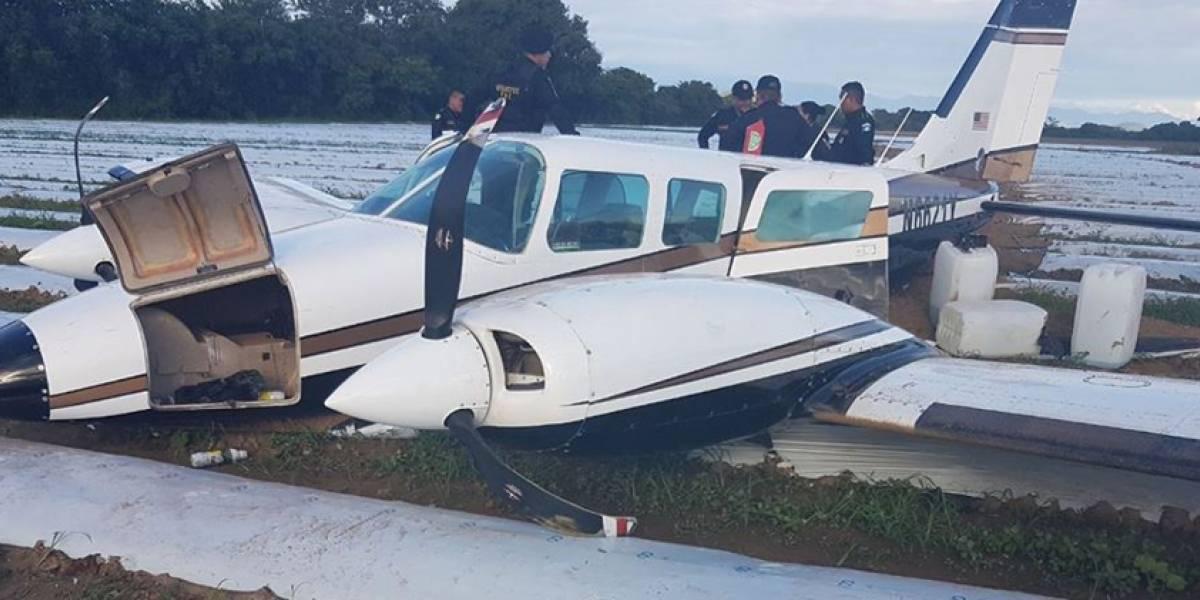 Localizan avioneta en Asunción Mita con bultos de posible cocaína