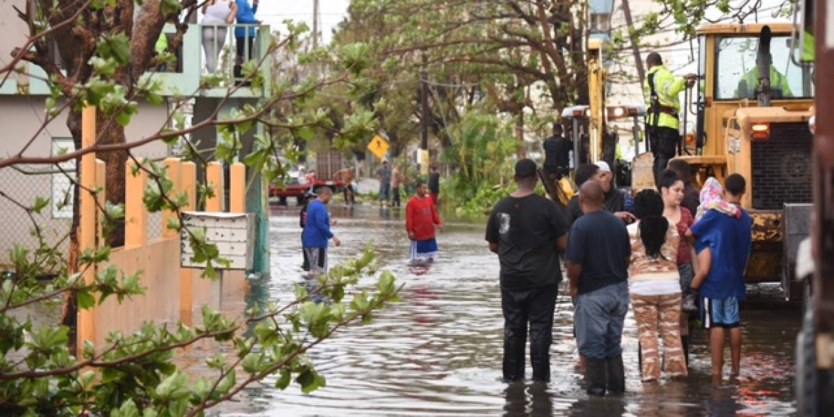 Aumenta a 43 la cifra de muertes asociadas al huracán María