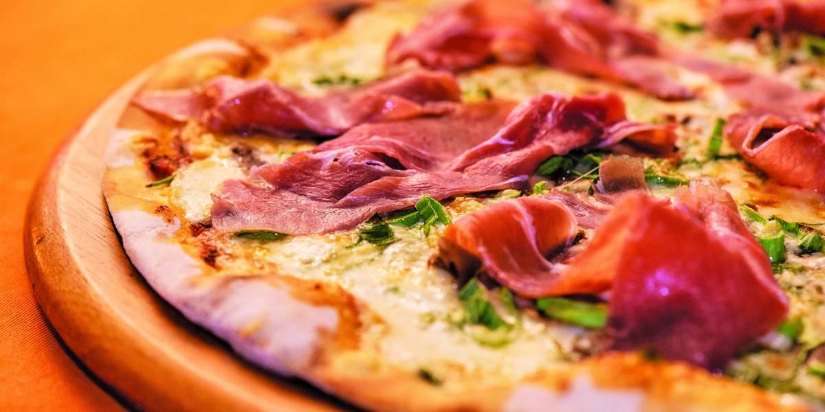 Celebre a sexta-feira com pizza e sem culpa!