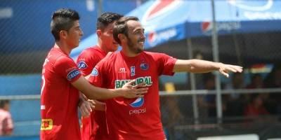 Gol de Gastón Puerari contra Sanarate