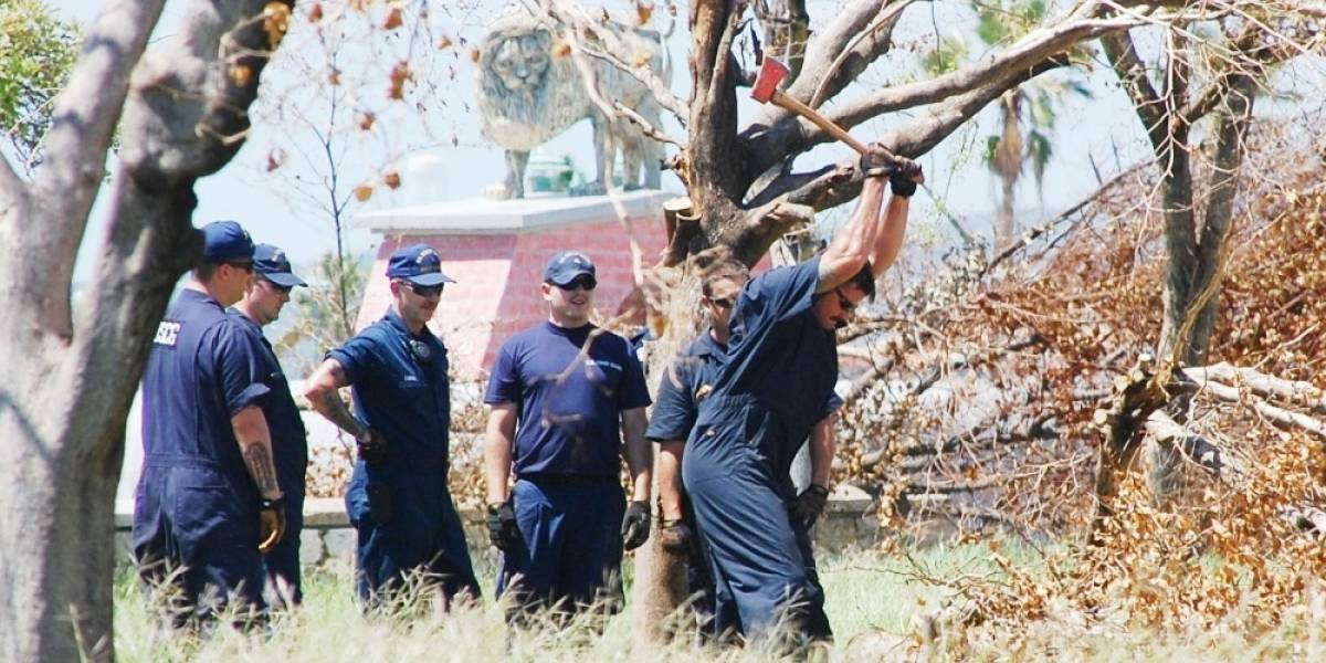 Guardia Costera limpia y restaura La Guancha en Ponce