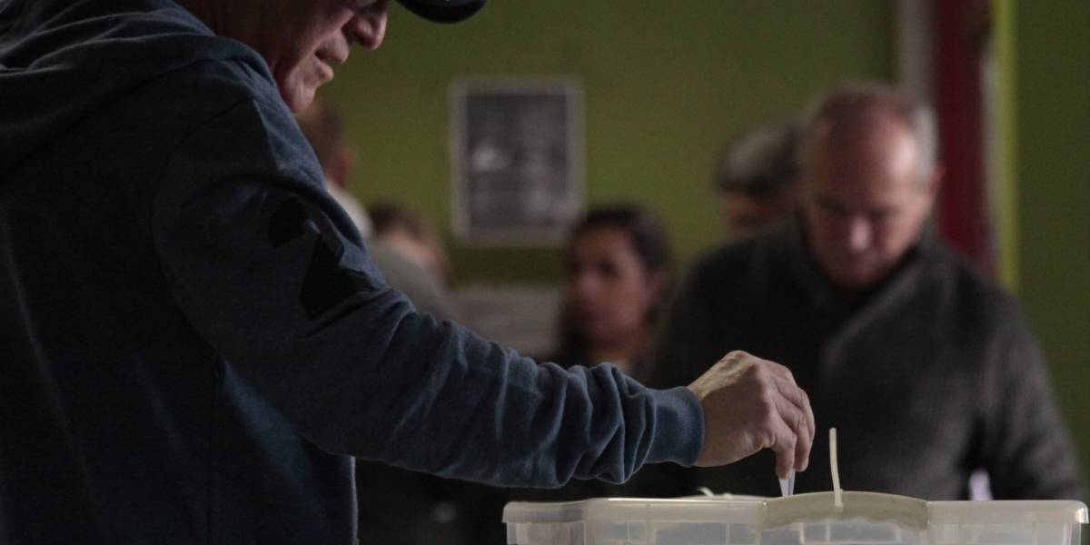 """""""Votantes fantasma"""": Padrón electoral registra más de 45 mil votantes mayores de 100 años"""