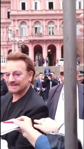 Bono sigue dando de qué hablar en Sudamérica