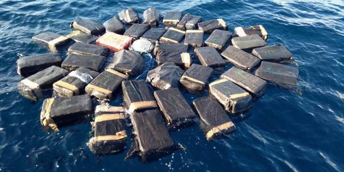 Golpe al narcotráfico: Decomisan 1 mil 800 kilos de cocaína y capturan a cinco personas