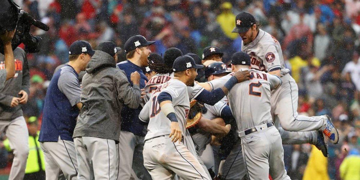 Astros eliminan a Medias Rojas para disputar la serie de campeonato