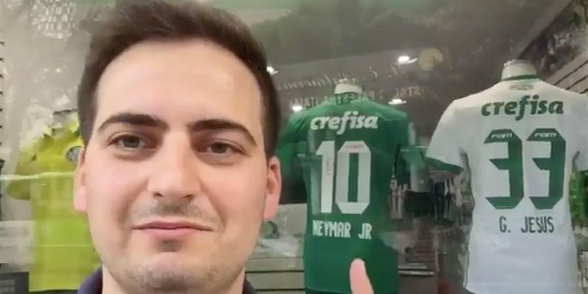Loja exibe camisa do Palmeiras com nome de Neymar  25339d4df9eb3