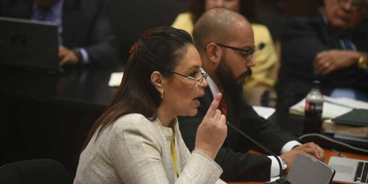 """Baldetti señala los """"errores"""" que podrían llevar al juez al """"horror"""" de enviarla a juicio"""