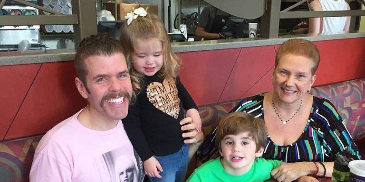 Bloguero Pérez Hilton se convierte en padre por tercera vez