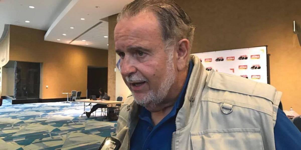 Raúl De Molina llega a P.R. con médicos de N.Y. para dar servicio a damnificados