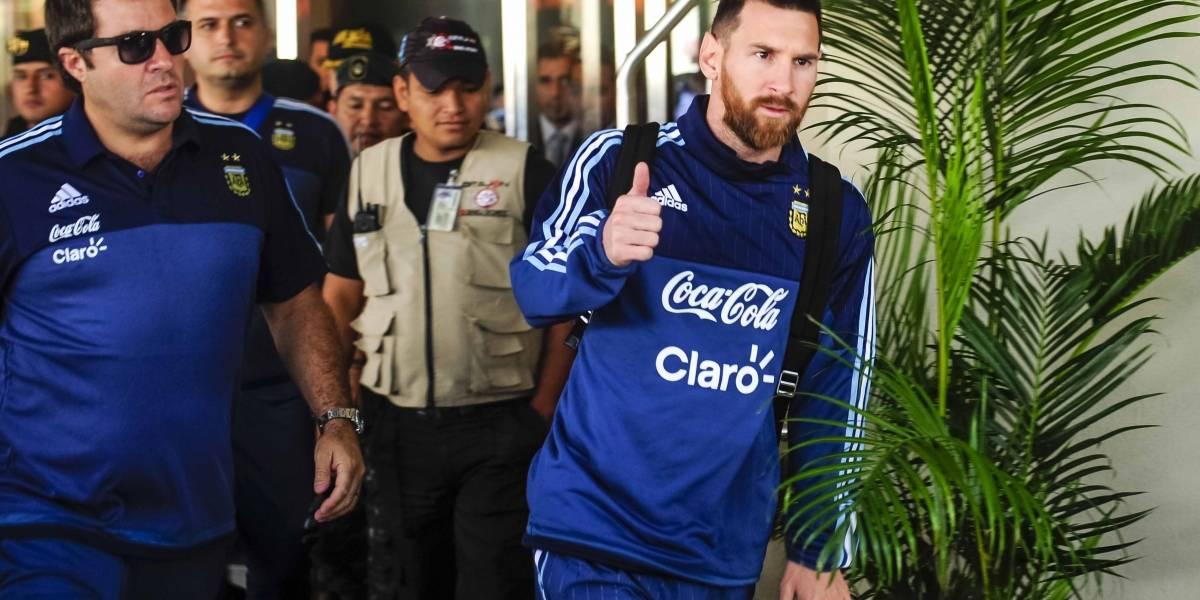 Selección argentina abandona Guayaquil con destino a Quito